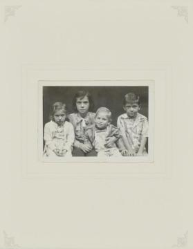 Untitled (Lou Lawson children)