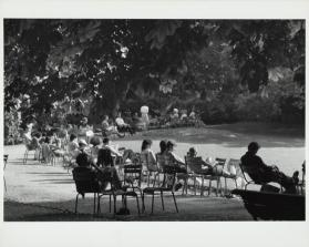 Jardin du Luxembourg, Paris (people in chairs in sun)